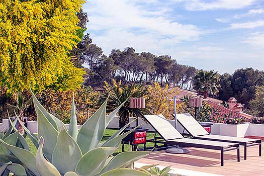Illustratie: foto van het terras van Droomplek Costa Blanca.